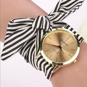 GOLD BLACK WHITE FABRIC BOW WATCH CHARM BR…
